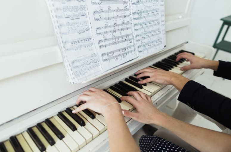 How Long Does It REALLY Take To Learn The Piano + How You ...