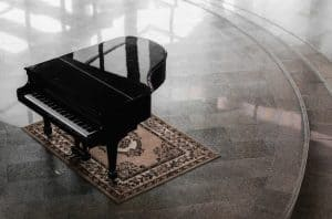 Grand piano hall