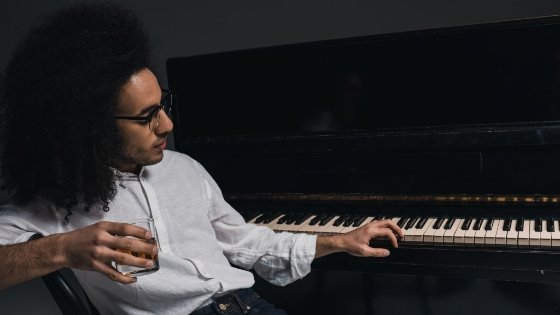 Learning to Play Piano As An Adult: Is it Still Possible?