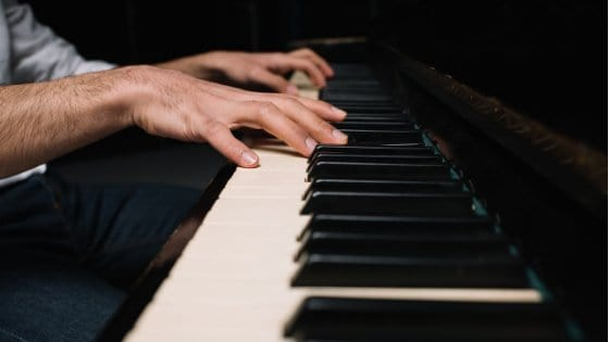 Learn the BLACK KEYS On Your Piano | Quick & Easy Steps