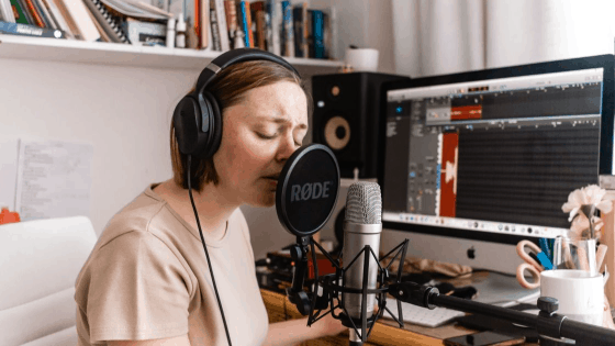 10 Best Microphones For Musicians Recording On A Budget 2021