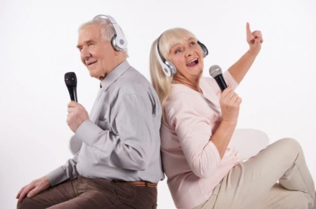 Singning Grandparents
